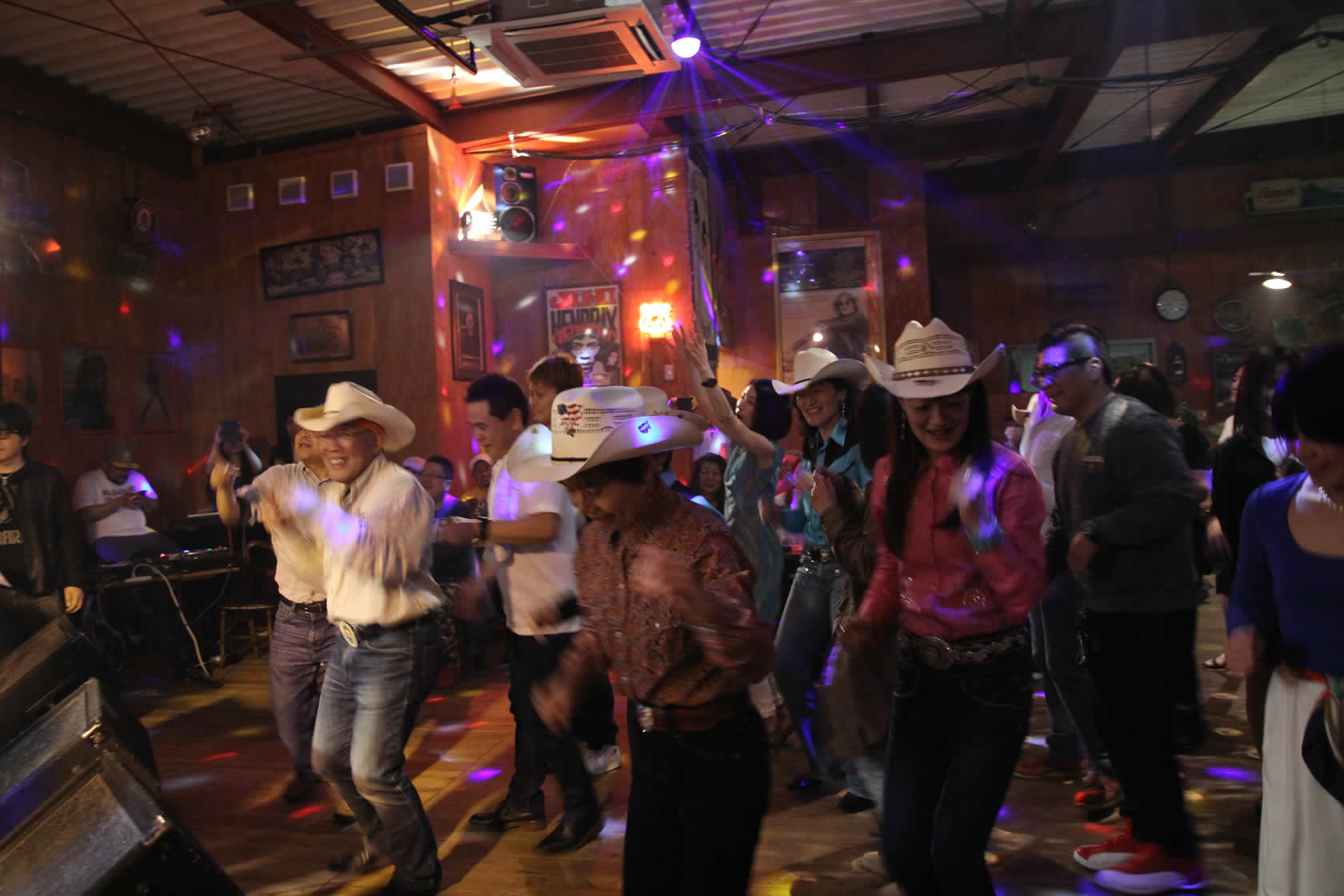 COUNTRY DANCE AT JBHALL